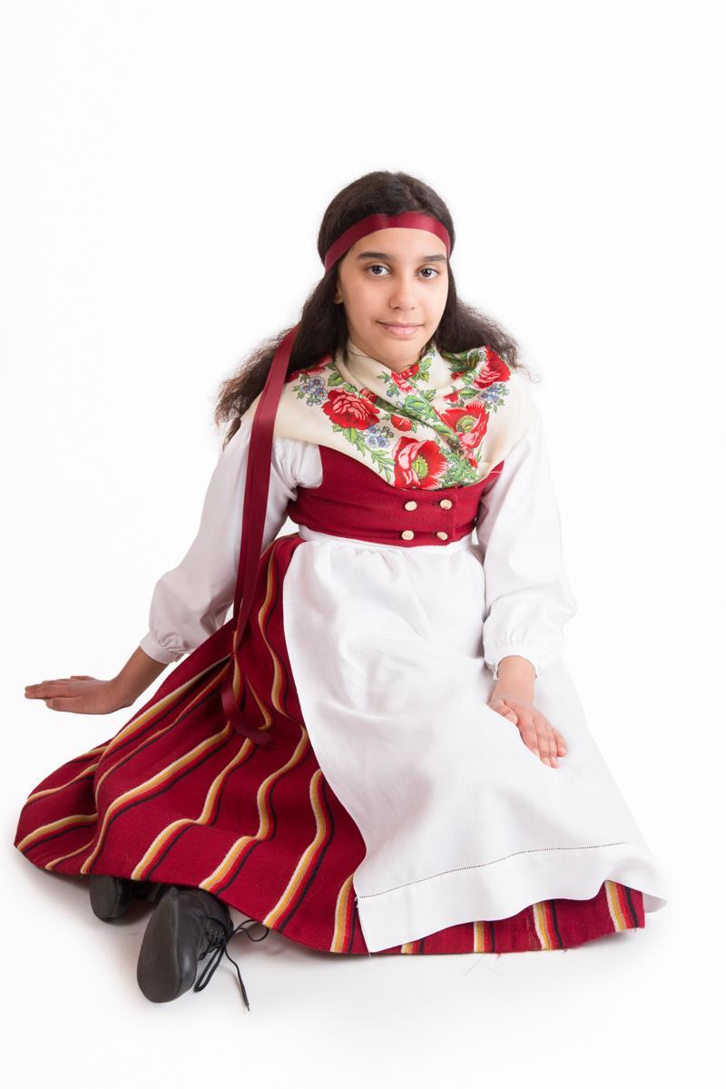 Kokkolan tytön puku